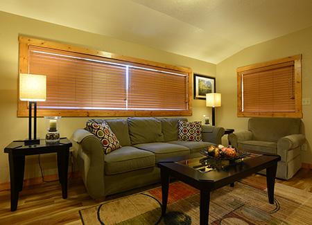 MiWuk-Lodge-Suite-02